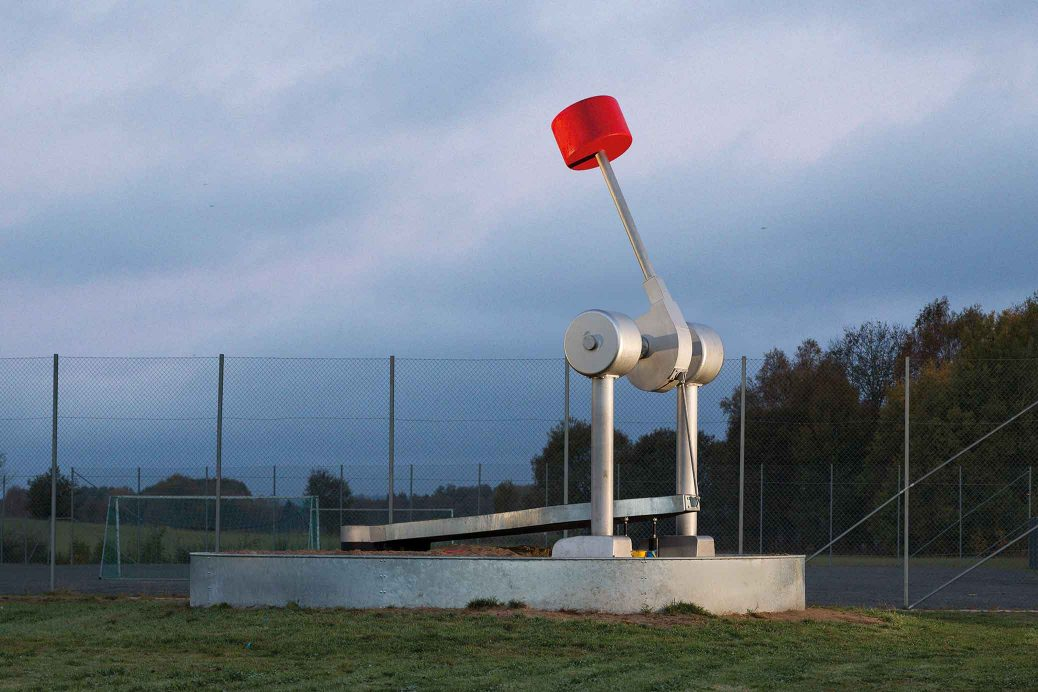 Bass-drum Pedal, public commission by Björn Perborg, stainless steal sculpture, five metres tall.